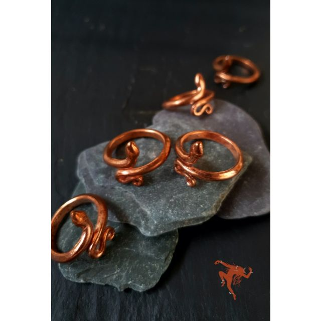 Isha Consecrated Copper Snake Ring